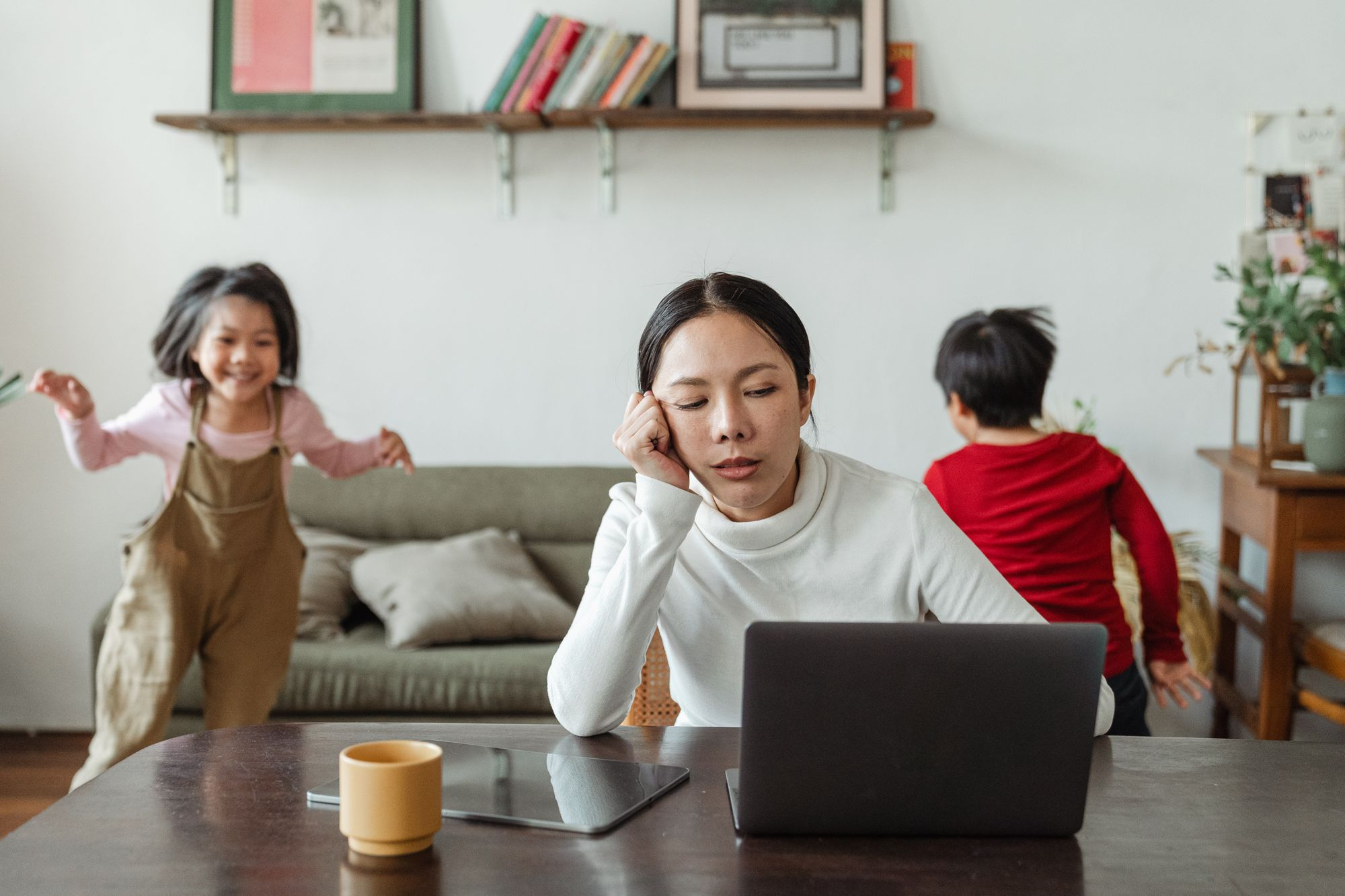 Praca zdalna w obsłudze klienta – jak ją zorganizować?