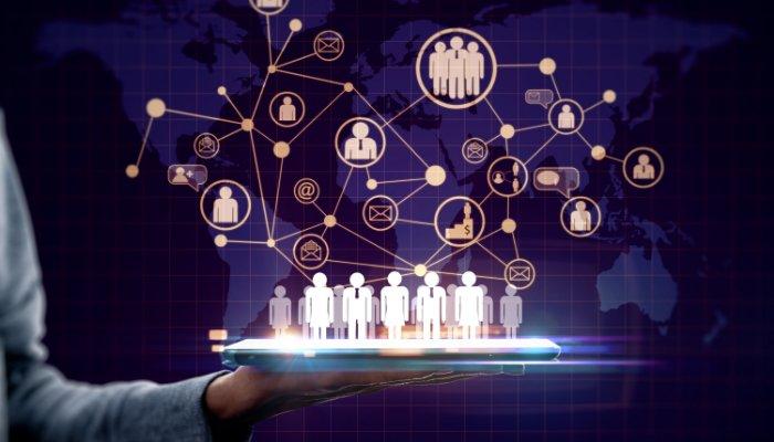 Boty w HR – jak AI pomaga w rekrutacji i onboardingu
